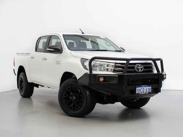 Used Toyota Hilux GUN126R SR (4x4), 2016 Toyota Hilux GUN126R SR (4x4) White 6 Speed Manual Dual Cab Chassis
