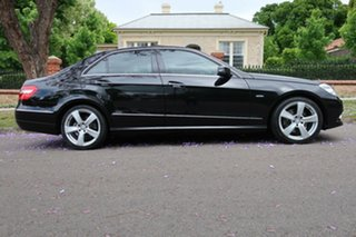 2009 Mercedes-Benz E250 212 CGI Avantgarde 5 Speed Automatic Sedan