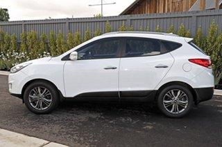 2015 Hyundai ix35 White Wagon.