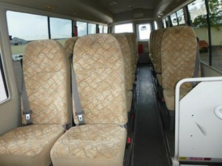 2006 Mitsubishi Rosa White Passenger Bus