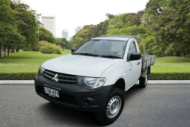 Used Mitsubishi Triton MN MY14 GL 4x2 Murray Bridge, 2013 Mitsubishi Triton MN MY14 GL 4x2 White 5 Speed Manual Cab Chassis