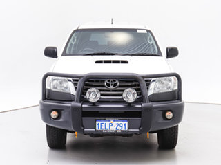 2014 Toyota Hilux KUN26R MY14 SR (4x4) White 5 Speed Automatic Double Cab Chassis