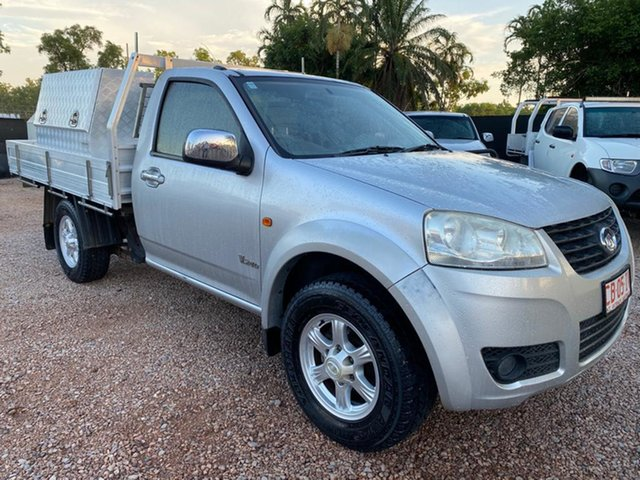 Used Great Wall V240 K2 MY13 4x2 Pinelands, 2013 Great Wall V240 K2 MY13 4x2 Silver 5 Speed Manual Cab Chassis