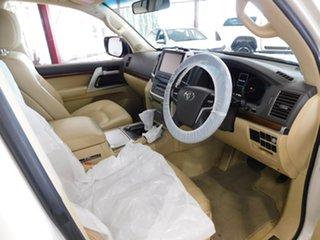 2016 Toyota Landcruiser VDJ200R VX White 6 Speed Sports Automatic Wagon.