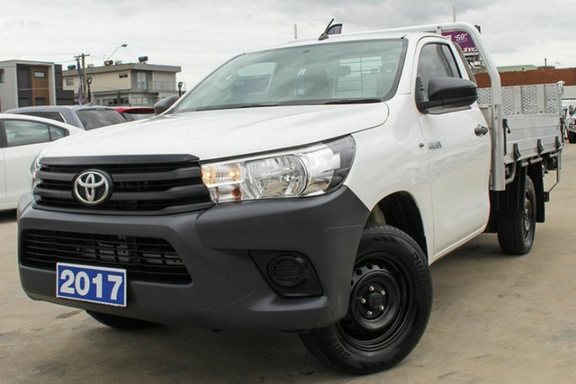Used Toyota Hilux TGN121R Workmate 4x2 Coburg North, 2017 Toyota Hilux TGN121R Workmate 4x2 White 6 Speed Sports Automatic Cab Chassis