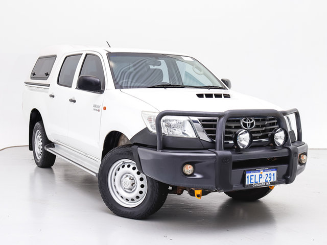 Used Toyota Hilux KUN26R MY14 SR (4x4), 2014 Toyota Hilux KUN26R MY14 SR (4x4) White 5 Speed Automatic Double Cab Chassis