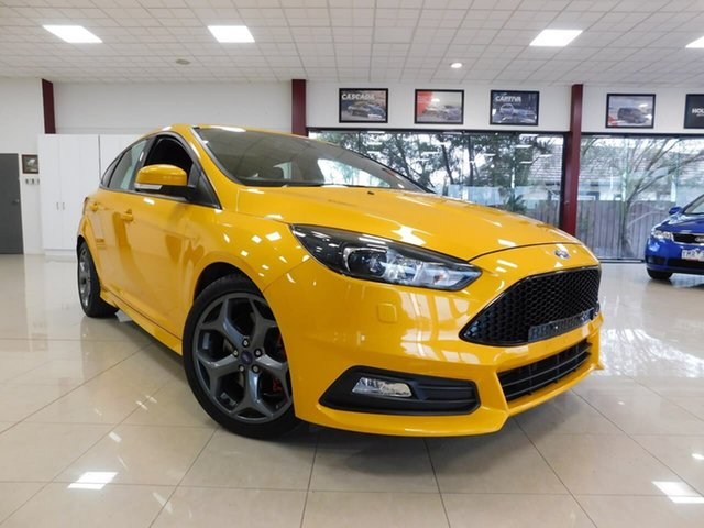 Used Ford Focus LZ ST Wonthaggi, 2016 Ford Focus LZ ST Orange 6 Speed Manual Hatchback