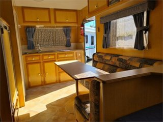 2003 Royal Flair Van Royce Series Caravan