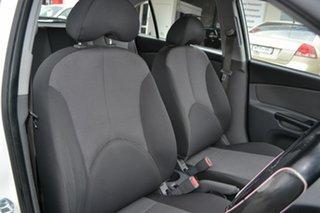 2010 Kia Rio JB MY10 S White 5 Speed Manual Hatchback