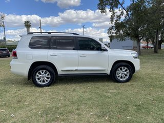 2017 Toyota Landcruiser VDJ200R Sahara Crystal Pearl 6 Speed Sports Automatic Wagon