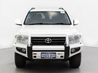 2010 Toyota Landcruiser UZJ200R 09 Upgrade GXL (4x4) White 5 Speed Automatic Wagon.
