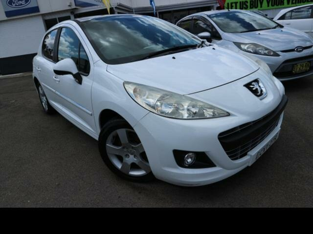 Used Peugeot 207 MY10 XT Kingswood, 2012 Peugeot 207 MY10 XT White 4 Speed Automatic Hatchback