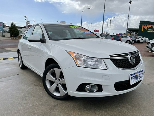 Used Holden Cruze JH MY14 Equipe Victoria Park, 2013 Holden Cruze JH MY14 Equipe White 5 Speed Manual Hatchback