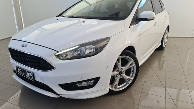 Used Ford Focus LZ Titanium Deer Park, 2015 Ford Focus LZ Titanium White 6 Speed Automatic Hatchback
