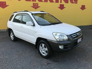 2009 Kia Sportage LX White 5 Speed Manual Wagon.