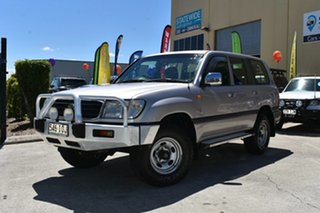 2000 Toyota Landcruiser HZJ105R GXL (4x4) Silver 5 Speed Manual 4x4 Wagon.
