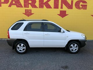 2009 Kia Sportage LX White 5 Speed Manual Wagon