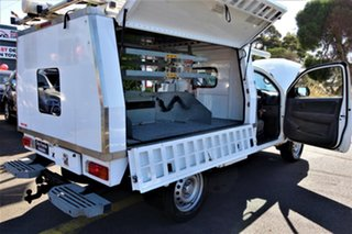 2014 Toyota Hilux KUN26R MY14 SR White 5 Speed Manual Cab Chassis