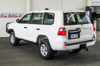 2015 Toyota Landcruiser VDJ200R MY13 GX Glacier White 6 Speed Sports Automatic Wagon.