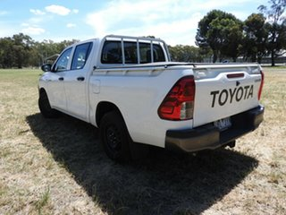 Toyota Hilux WORKMATE White 5 Speed Manual Utility.