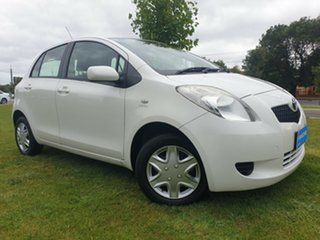 2007 Toyota Yaris NCP90R YR White 5 Speed Manual Hatchback.