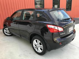 2013 Nissan Dualis J10W Series 4 MY13 ST Hatch X-tronic 2WD Purple 6 Speed Constant Variable.