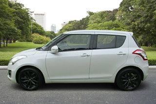 2015 Suzuki Swift FZ MY15 GLX Navigator White 4 Speed Automatic Hatchback.