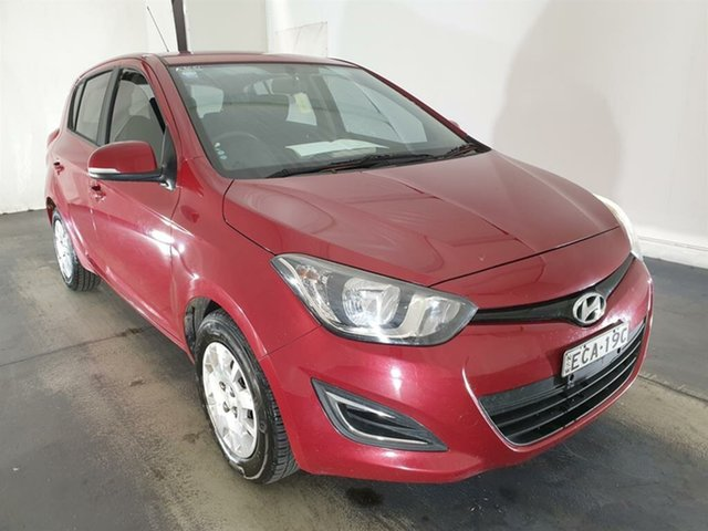 Used Hyundai i20 PB MY14 Active Maryville, 2014 Hyundai i20 PB MY14 Active Red 6 Speed Manual Hatchback