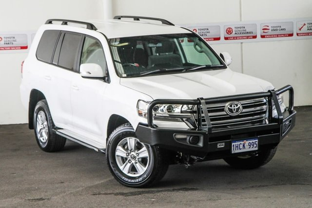 Pre-Owned Toyota Landcruiser VDJ200R MY16 GXL (4x4) Rockingham, 2017 Toyota Landcruiser VDJ200R MY16 GXL (4x4) Glacier White 6 Speed Automatic Wagon