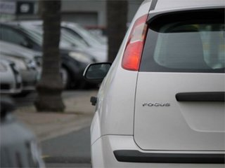 2006 Ford Focus LS LX White 5 Speed Manual Hatchback