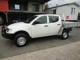 2010 Mitsubishi Triton MN MY10 GLX White 5 Speed Manual Double Cab Utility.