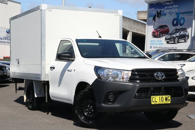 Used Toyota Hilux TGN121R Workmate 4x2 Brookvale, 2017 Toyota Hilux TGN121R Workmate 4x2 White 5 Speed Manual Cab Chassis