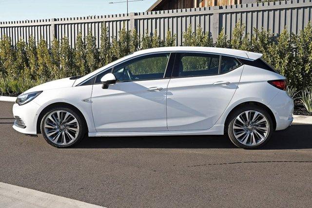 Used Holden Astra BK MY18.5 RS-V Essendon Fields, 2018 Holden Astra BK MY18.5 RS-V White 6 Speed Sports Automatic Hatchback