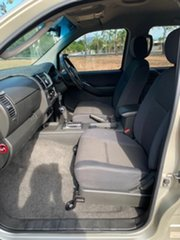 2010 Nissan Navara D40 ST (4x4) Gold 5 Speed Automatic Dual Cab Pick-up