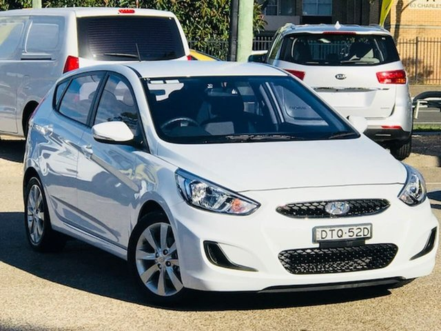 Used Hyundai Accent RB5 MY17 Sport Liverpool, 2017 Hyundai Accent RB5 MY17 Sport White 6 Speed Sports Automatic Hatchback