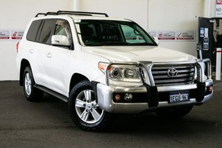2013 Toyota Landcruiser URJ202R MY13 VX (4x4) Crystal Pearl 6 Speed Automatic Wagon.