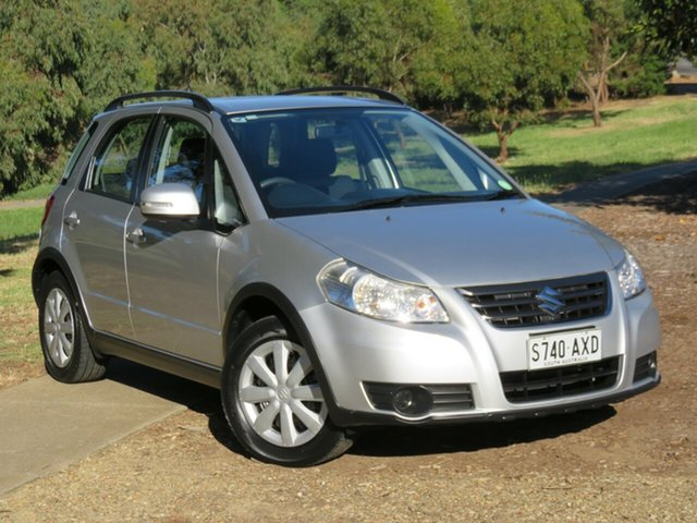 Used Suzuki SX4 GYA MY13 Crossover Navigator Morphett Vale, 2013 Suzuki SX4 GYA MY13 Crossover Navigator Star Silver 6 Speed Constant Variable Hatchback