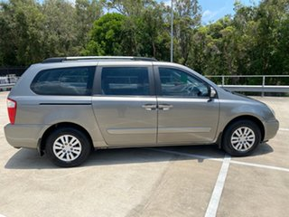 2011 Kia Grand Carnival VQ MY12 S Silver 6 Speed Automatic Wagon