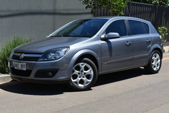 Used Holden Astra AH MY06 CDX Brighton, 2006 Holden Astra AH MY06 CDX Grey 5 Speed Manual Hatchback