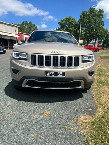 Used Jeep Grand Cherokee WK MY15 Limited Bendigo, 2015 Jeep Grand Cherokee WK MY15 Limited Gold 8 Speed Sports Automatic Wagon