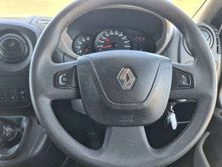 2016 Renault Master X62 Low Roof SWB Glacier White 6 Speed Manual Van