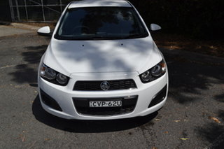 2014 Holden Barina TM MY14 CD White 5 Speed Manual Hatchback