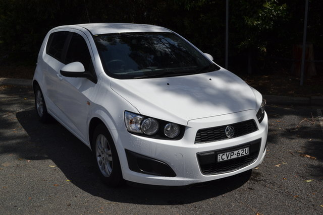 Used Holden Barina TM MY14 CD Maitland, 2014 Holden Barina TM MY14 CD White 5 Speed Manual Hatchback