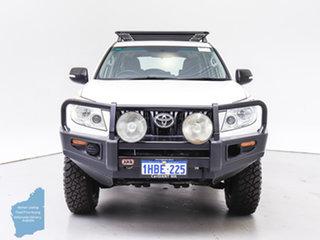 2011 Toyota Landcruiser Prado KDJ150R GX (4x4) White 6 Speed Manual Wagon.