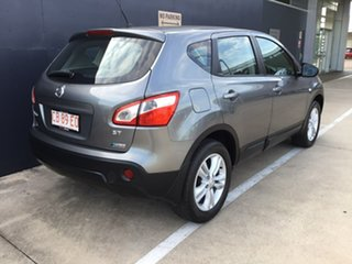 2013 Nissan Dualis J10W Series 4 MY13 ST Hatch X-tronic 2WD Black 6 Speed Constant Variable