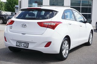 2013 Hyundai i30 GD2 MY14 Trophy White 6 Speed Sports Automatic Hatchback