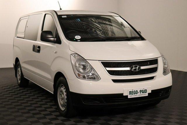 Used Hyundai iLOAD TQ2-V MY15 Crew Cab Acacia Ridge, 2015 Hyundai iLOAD TQ2-V MY15 Crew Cab White 5 speed Automatic Van