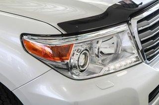 2015 Toyota Landcruiser VDJ200R MY13 Sahara (4x4) Crystal Pearl 6 Speed Automatic Wagon