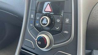 2014 Hyundai Elantra MD3 SE Brilliant Red 6 Speed Sports Automatic Sedan