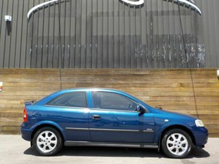 2004 Holden Astra TS MY03 SXI Blue 5 Speed Manual Hatchback.